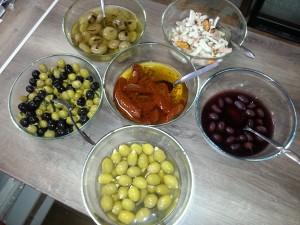 Naložené papriky i olivy